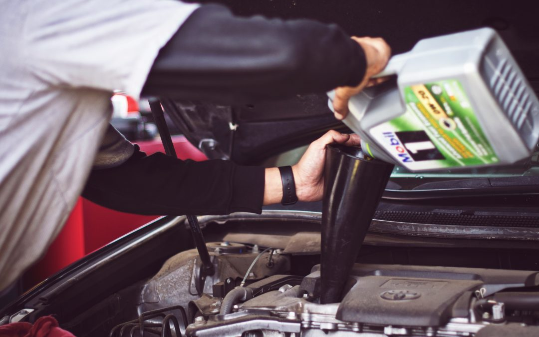 When The Vehicle Is Parked For A Long Time, Should The Oil Be Changed?